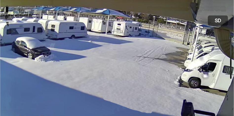 Área de Madrid cerrada lunes 11 y martes 12 de Enero por la nevada
