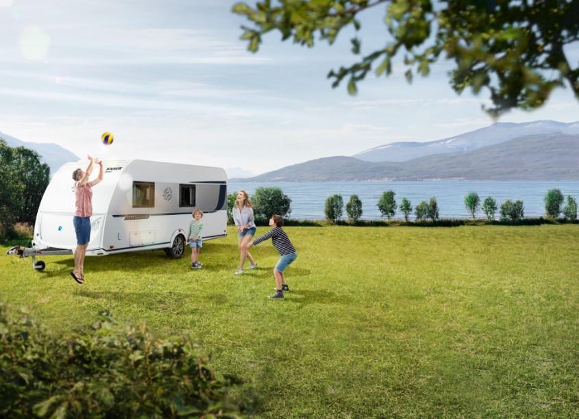 Gaudeix d'unes vacances segures i en família en caravana, autocaravana o camper