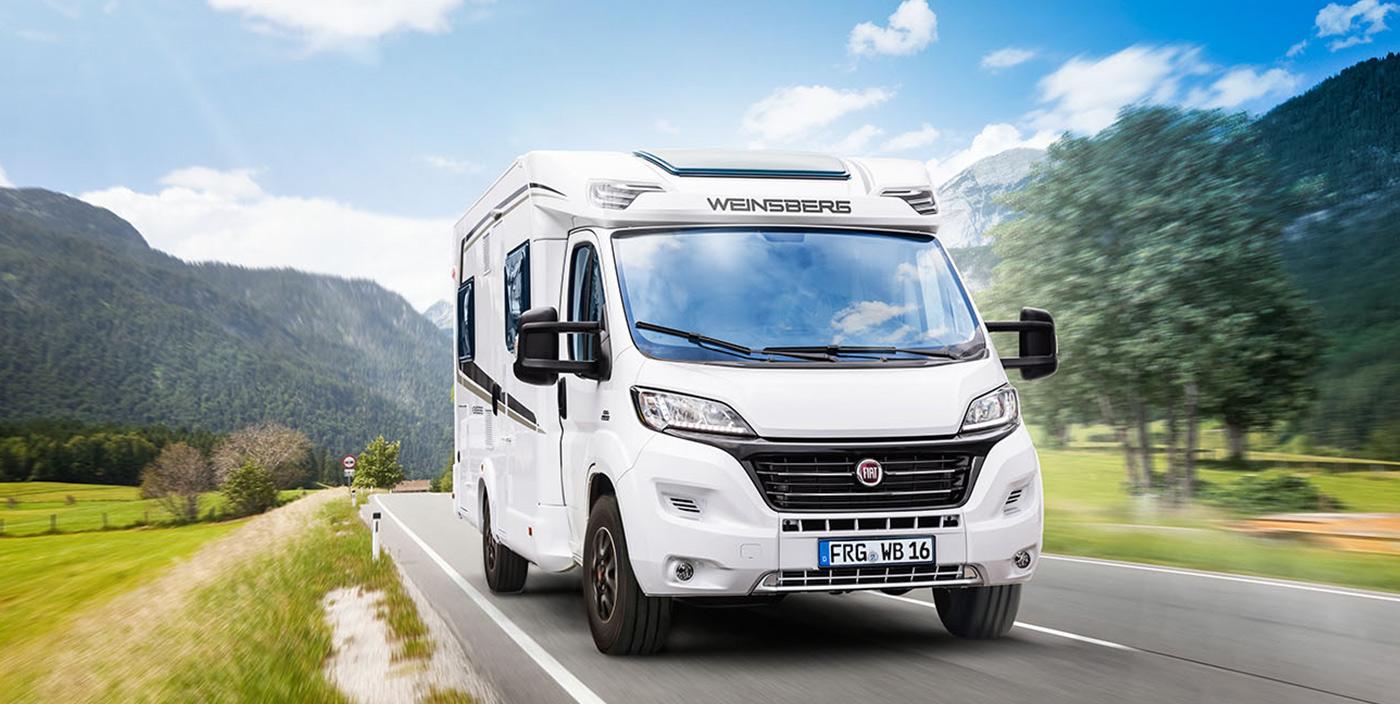 El autocaravana Caraloft 700 MEH de Weinsberg en la prueba de comparación de promobil