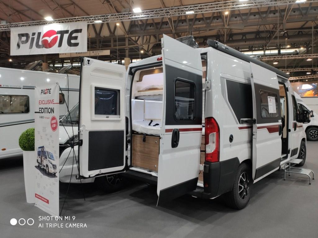 Oferta en alquiler de una furgoneta camper ¡Empieza tu aventura al mejor precio!