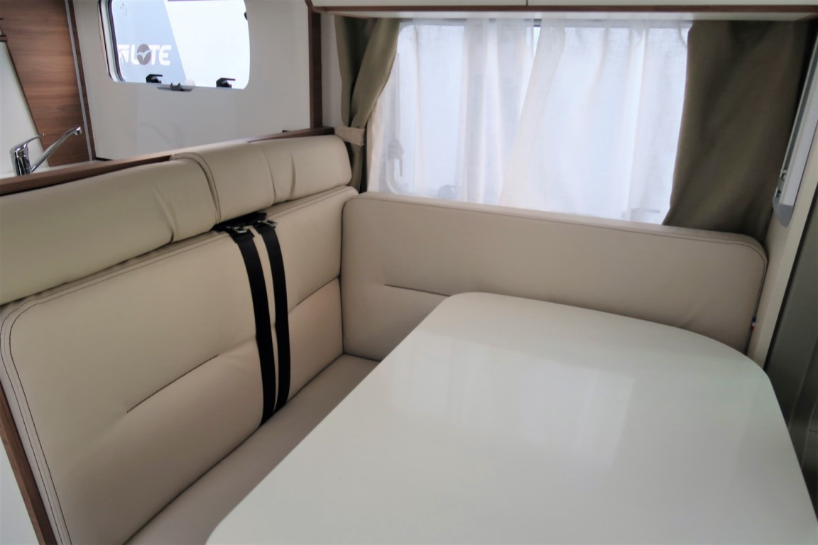 AUTOCARAVANA NUEVA PILOTE PACIFIC 746 C EXCLUSIVE EDITION – TEMPORADA 2021